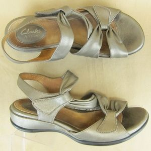 Clarks Strappy Artisan Strappy Sandal Wedge US 7.5